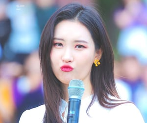 girls, kpop, and sunmi image