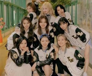 girl group, momo, and jeongyeon image