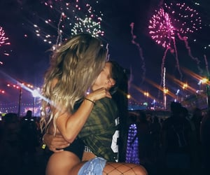 lesbian, sung, and fuegos artificiales image