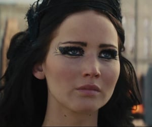 catching fire and katniss everdeen image
