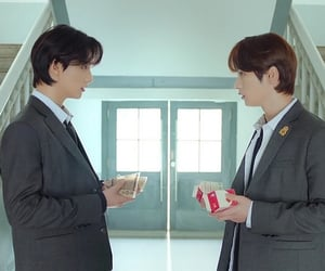 8, skz, and hyunjin image