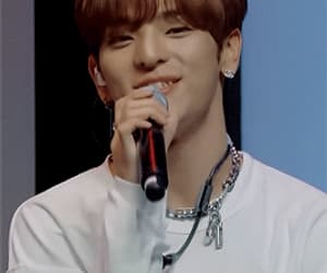 cute boy, gif, and kim woojin image