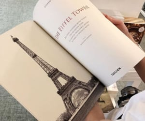 books, read, and torre eiffel image