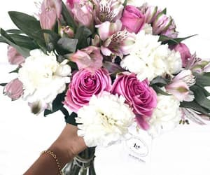 flowers floral, flowers pink, and bouquet of flowers image