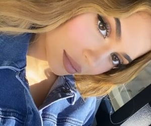 beautiful, kylie jenner, and selfie image