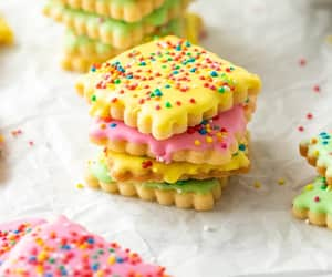 biscuits, sweet, and 😋 image