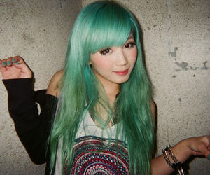 green hair and hair image