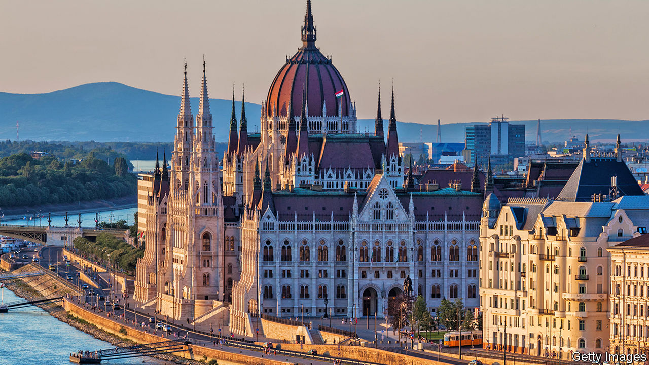 2020, budapest, and article image