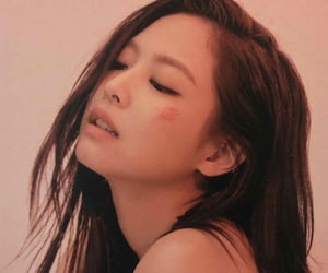 scans, jennie, and kill this love image