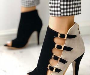 zapatos, tacones, and calzado image