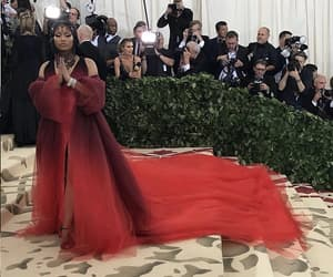 beauty, met gala, and red carpet image