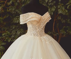 High-end Champagne Bridal Wedding Dresses 2020 Ball Gown Off-The-Shoulder Short Sleeve Backless Appliques Flower Beading Sequins Glitter Tulle Floor-Length / Long Ruffle