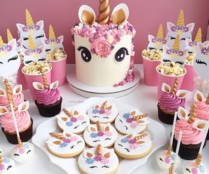 cake, bakery, and cupcakes image