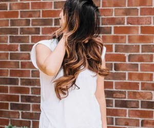 hairstyles, wavyhair, and hairtips image
