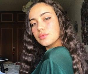 girl, selflove, and girly image