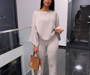 beauty, body, and outfit image