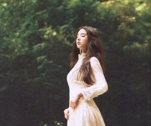 Image by tinymochisung