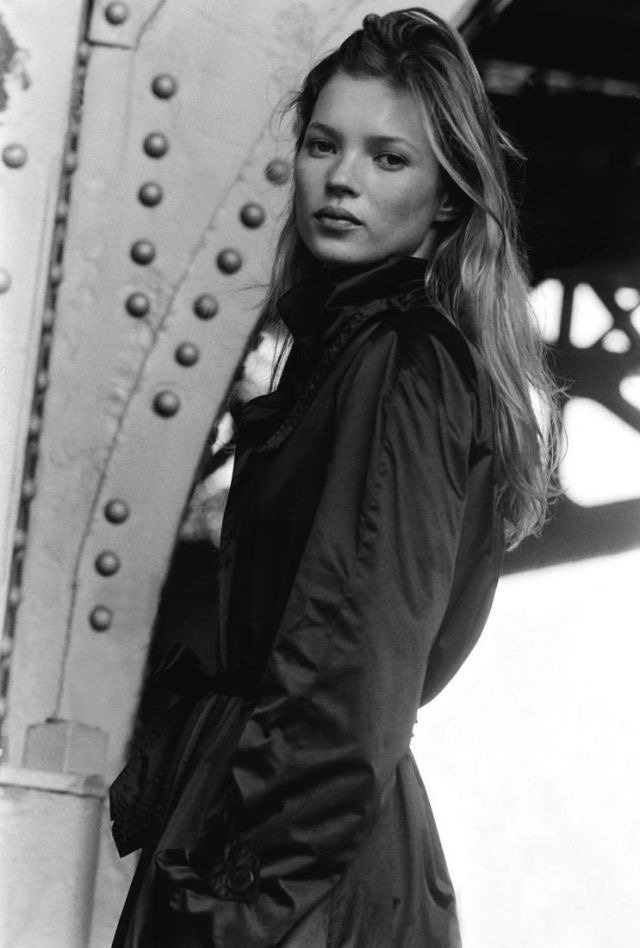 kate moss and black & white image