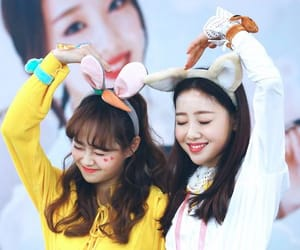kpop, lesbian couple, and ha sooyoung image