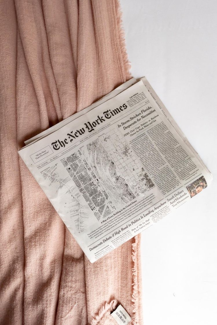 new york, newspaper, and pink image