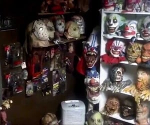 clown, masks, and gore image