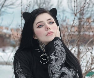 girl and gothic image