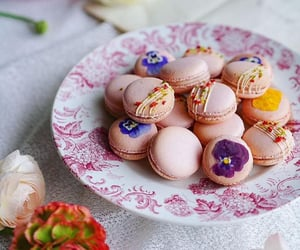 delicious and macarons image