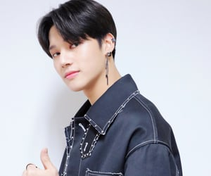 wooyoung, p: official, and ateez image