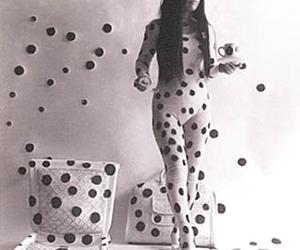 yayoi kusama and artes plasticas image