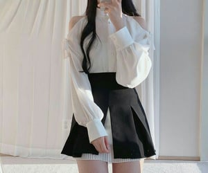 korean, outfits, and girl's image