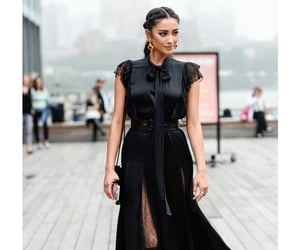 outfit and shay mitchell image