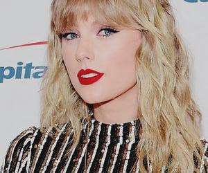 Taylor Swift, tsedit, and taylorswiftdaily image