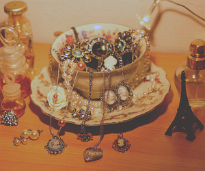 perfume, vintage, and jewelry image