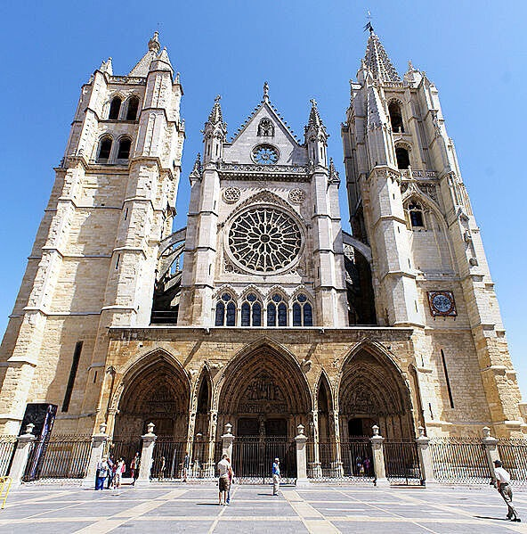cathedral, leon, and spain image
