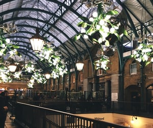 aesthetic, christmas, and covent garden image