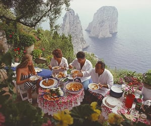 food, sea, and capri image