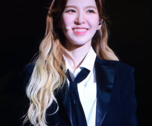 kpop, suit, and wendy image