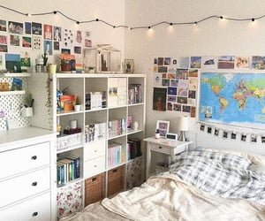 bedroom, decor, and pictures image