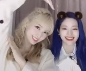 momo, dahmo, and kpop image