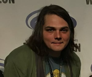gerard way, gerardway, and gerard image