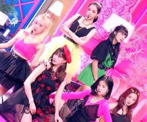 girl group, look, and naeun image