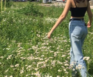 aesthetic, green, and flowers image