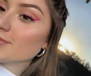 aesthetics, eyeliner, and glow image