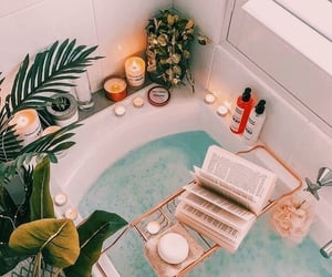 relax and bath image