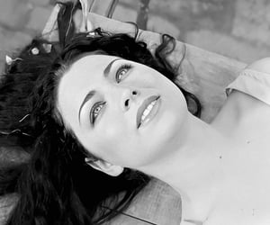 amy lee, black and white, and blanco y negro image