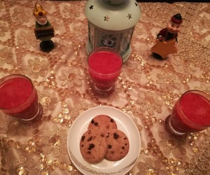 Cookies, food, and فانوس image