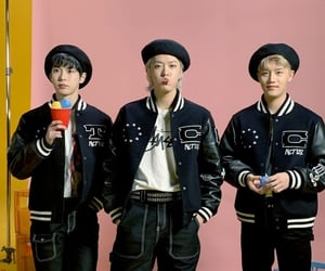 k-pop, 도영, and taeil image