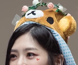 details, kpop, and jiu image