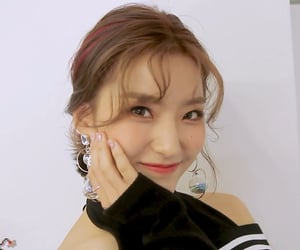 kpop, lee saerom, and fromis image