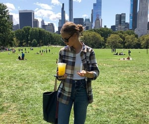 blogger, model, and new york image